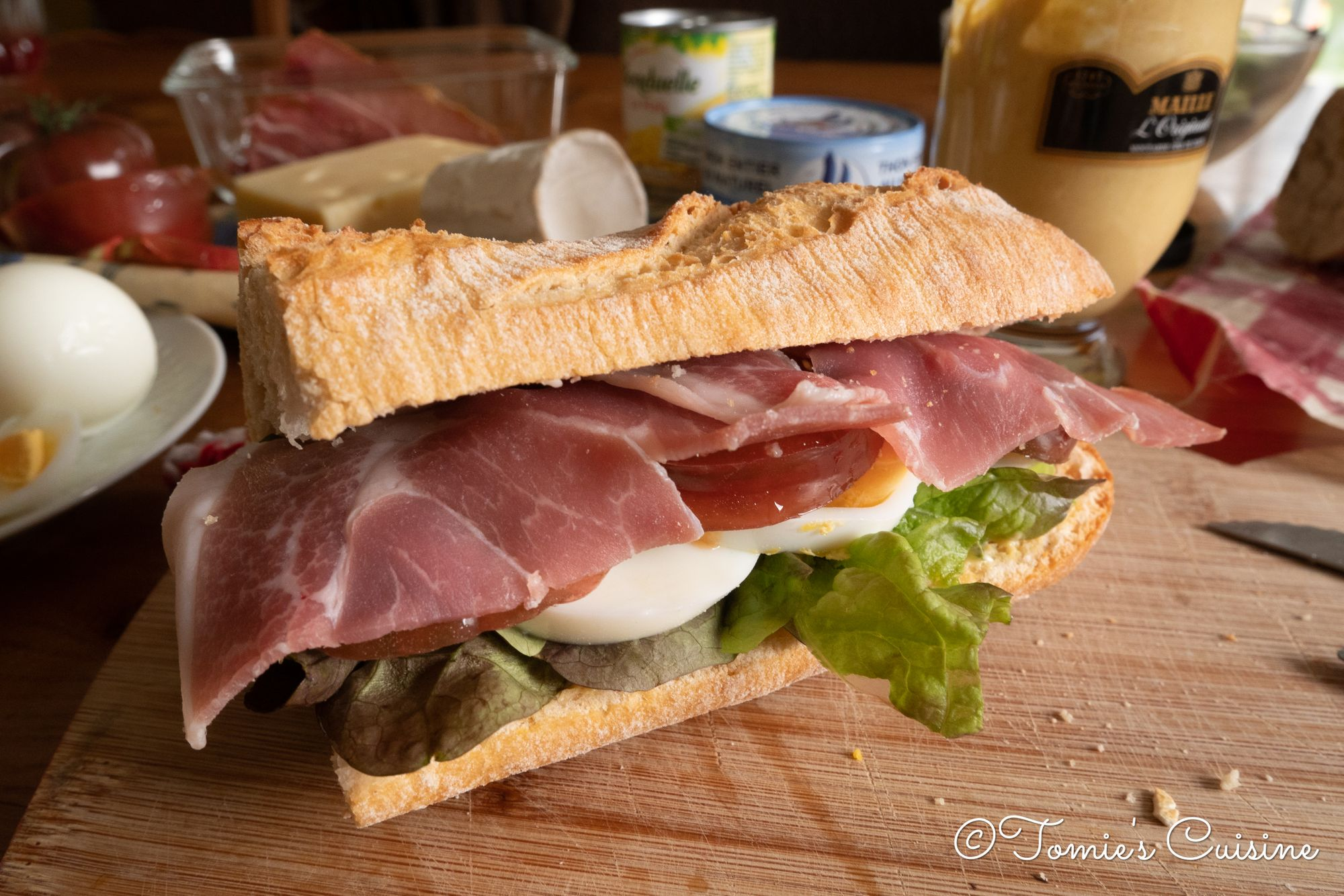 Sandwich with boiled eggs