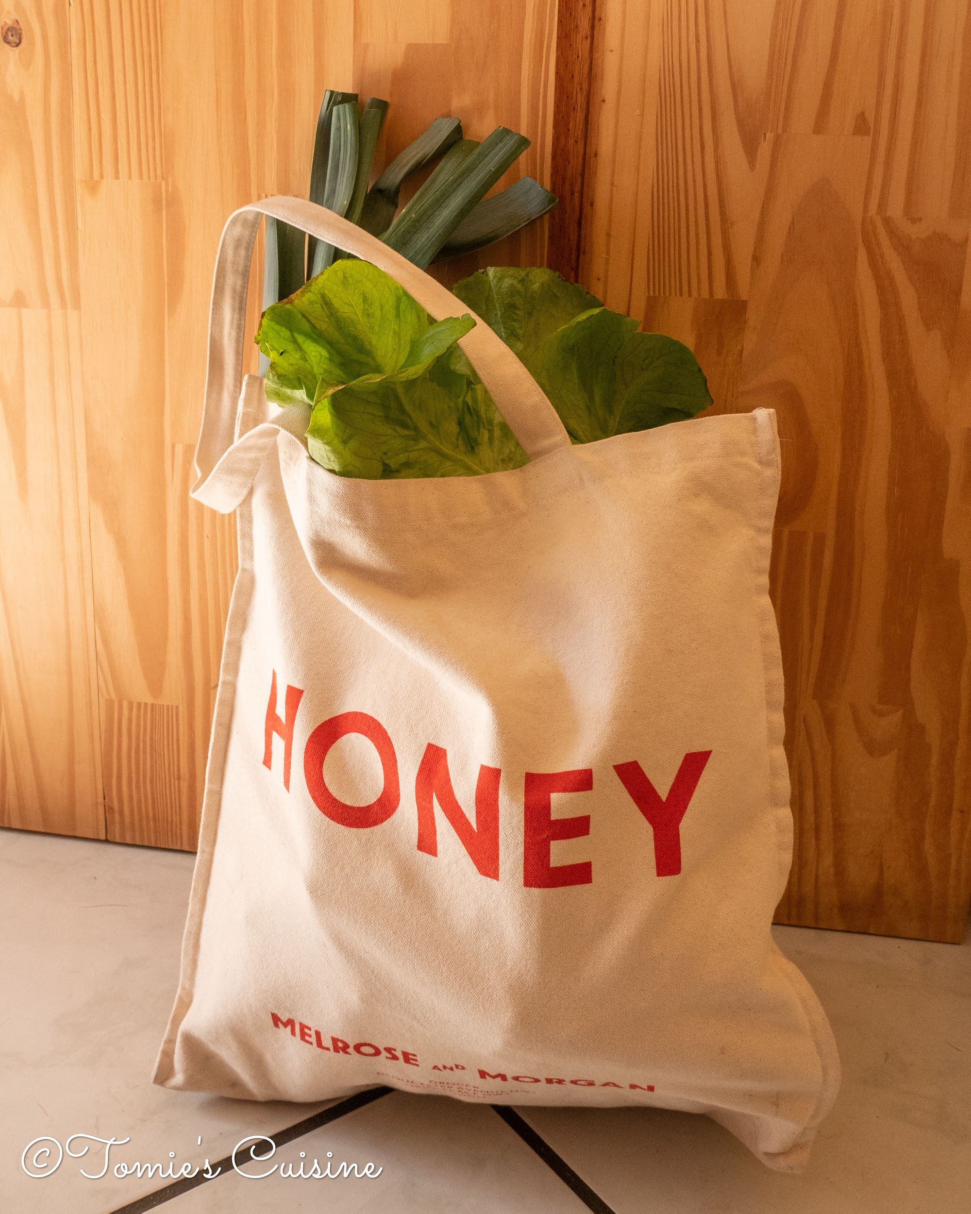 Here's my primary shopping bag (more than 3 years of use)